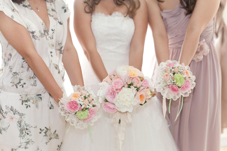 wedding-tre-damigelle-tre-bouquet